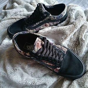 Vans Womens Old Skool (Velvet) Floral/Black Size 9